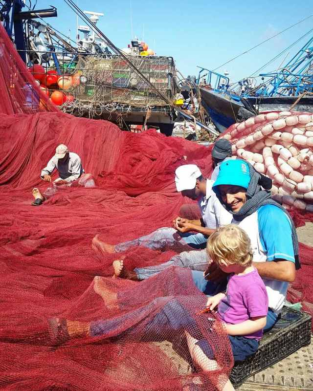 Essaouira with kids - fishing