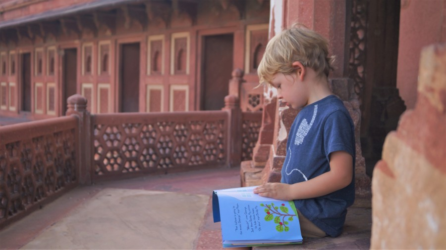 Kids books about travelling