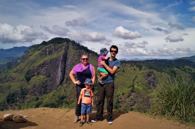 TraveLynn Family in Sri Lanka