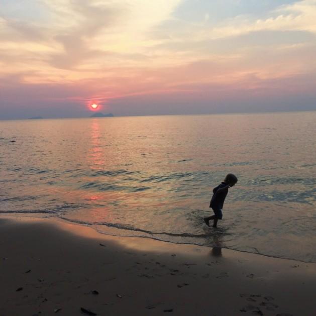 Borneo with kids - beach