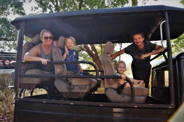 Udawalawe with kids - jeep