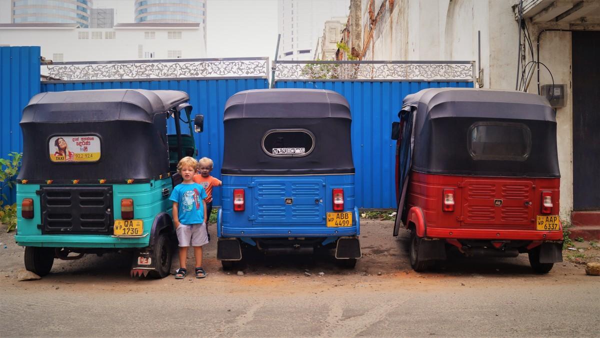Colombo with kids - tuk-tuks