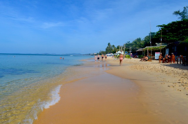 Phu Quoc - Vietnam beach with kids